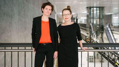 Wollen wissen, was gute Führung im digitalen Post-Corona-Zeitalter ausmacht: Forscherinnen Peyinghaus (links), Zeitner.