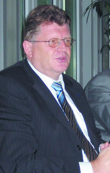 Ferdinand Tiggemann ist beurlaubt.