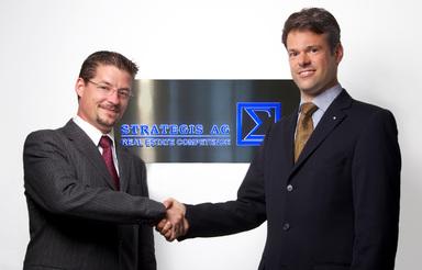 Prof. Dr. Nico Rottke (links), neuer Aufsichtsratsvorsitzender von Strategis, mit CEO Sascha Nöske.