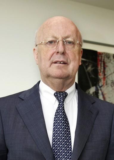 Christoph Oswald.