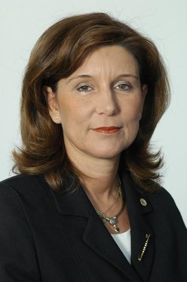Ellen Lackner.