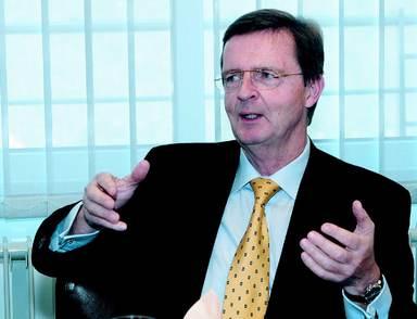 Rainer Konopka hängt seinen Bankerjob an den Nagel - und nimmt im Beirat des Fondsinitiators Hamburg Trust Platz.