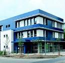 Blaues Passivhaus für die Stadtwerke