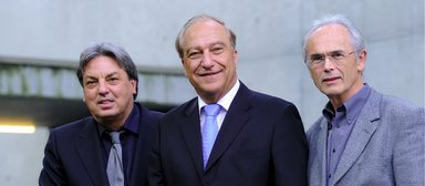 Rudolf Scherzer (2. Vizepräsident), Lutz Heese (Präsident) und Hans Dörr (1. Vizepräsident) der Bayerischen Architektenkammer (v.l.n.r.).