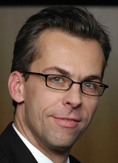 Dr. Tobias Schmidt.
