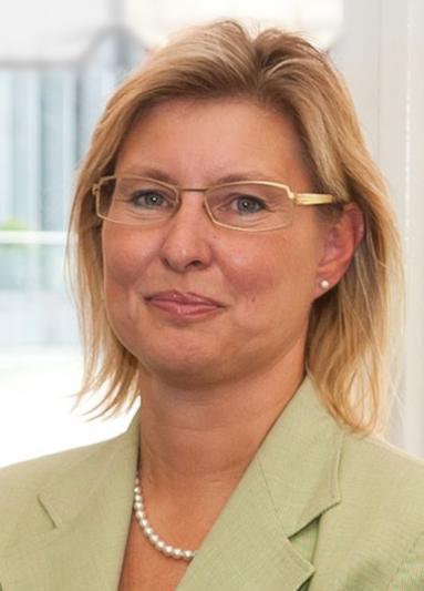 Viola Krecker.