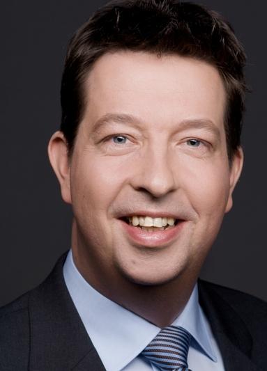 Dr. Josef Hofschroer.