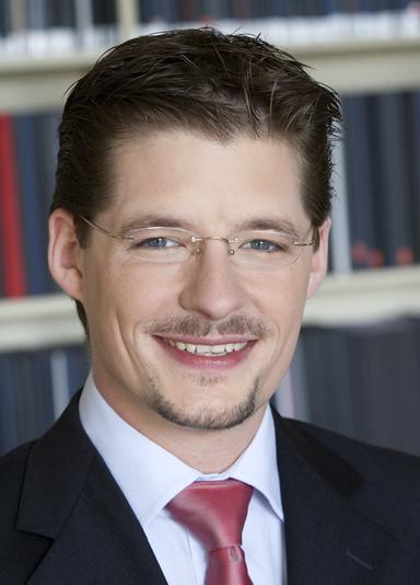 Prof. Dr. Nico B. Rottke.