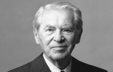 Werner Otto wurde 102 Jahre alt.
