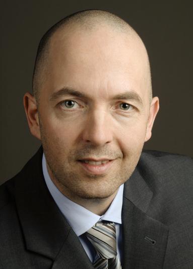 Dr. Jan Scheube.