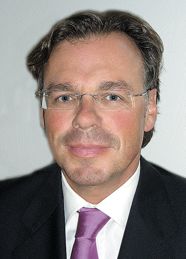 Dr. Karl-Joseph Hermanns-Engel.
