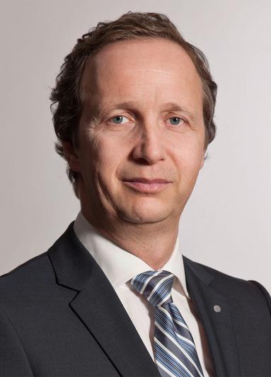 Christian M. Schmahl.