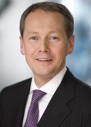 Dr. Peter Knopp.
