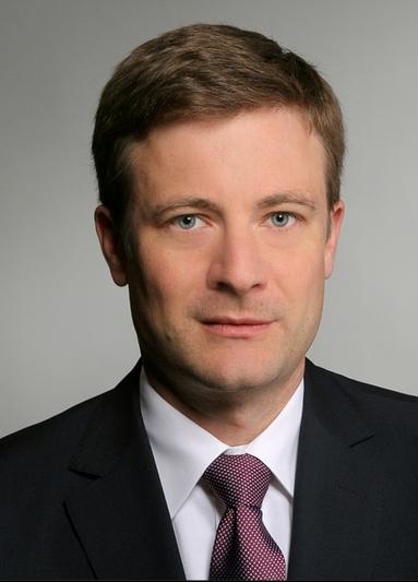 Dr. Florian Rösch.