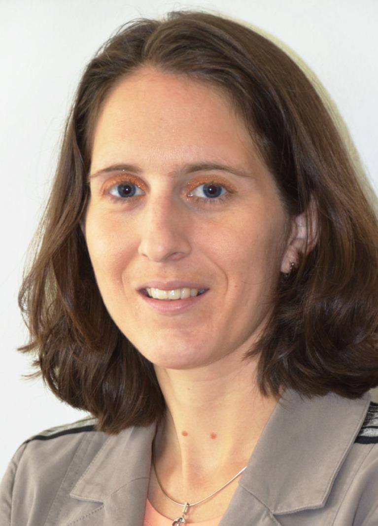 Dr. Alexandra Merkel.