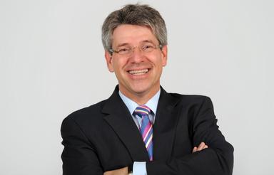 Dr. Ulrich Schückhaus.