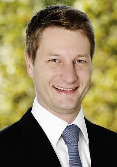 Dr. Carsten Loll.