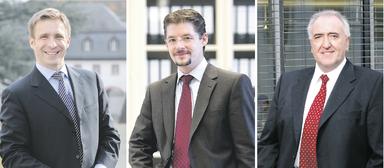 Ihr Bildungsprogramm ist spitze (v.l.n.r.): die Professoren Tobias Just (Irebs Immobilienakademie), Nico B. Rottke (EBS Business School) und Hanspeter Gondring (DHBW Stuttgart).