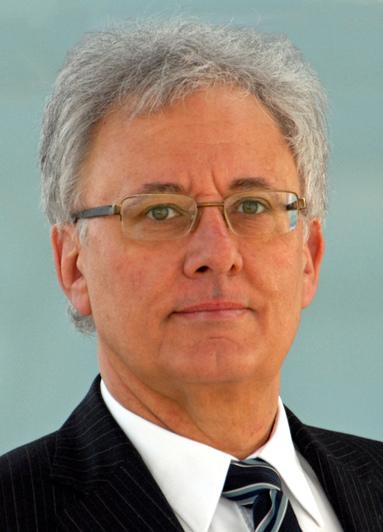 Dr. Hans Georg Leuck.