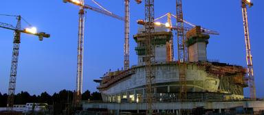 """Die Projektentwicklung gilt als die """"Königsklasse"""" der Immobilienwirtschaft. Damit ein Projekt entstehen kann, muss wirtschaftliches, technisches und rechtliches Know-how mit Marktkenntnis und Vermietungskompetenz eingesetzt werden."""
