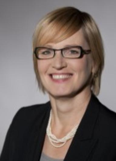 Dr. Monika Meyer.