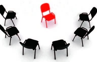 """Ca. Vier Wochen nach Antritt müssen sich die Führungskräfte von Patrizia Immobilien den Fragen ihrer Mitarbeiter stellen. Beim """"heißen Stuhl"""" bleibt die Identität der Fragensteller verborgen."""