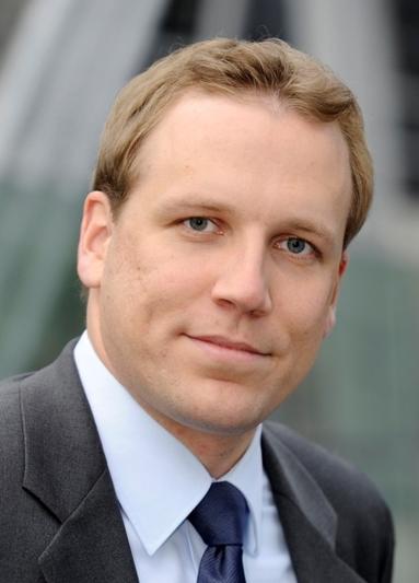 Hans-Peter Kneip.