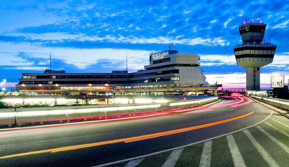 Bild: Marion Schmieding, Alexander Obst/Flughafen Berlin Brandenburg