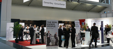In diesem Jahr fand die Jobcorner während des Career Day am dritten Messetag außerhalb des Planning & Partnerships Forum statt, sodass die Gespräche in ruhigerem Rahmen stattfinden konnten als in den Jahren zuvor.