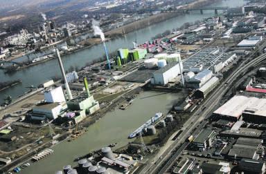 Immobilien gehören zum Geschäft - und zwar auch bei Unternehmen, die eigentlich in einem ganz anderen Industriezweig tätig sind, wie hier im Mainzer Industriegebiet Mombach.