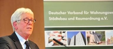 Dr. Jürgen Heyer.