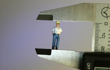 Mehr als drei Viertel der Beschäftigten im Bauhauptgewerbe erachten den Mindestlohn als wichtig.
