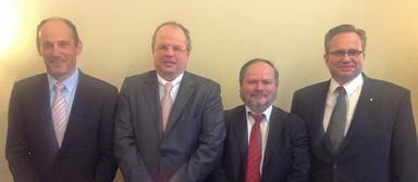 Der neue Vorstand der Landesgruppe Bayern (v.l.n.r.): Hans-Georg Heinrich, Gerhard Ameis (Vorsitzender), Waldemar Marks und Jürgen Flemisch.