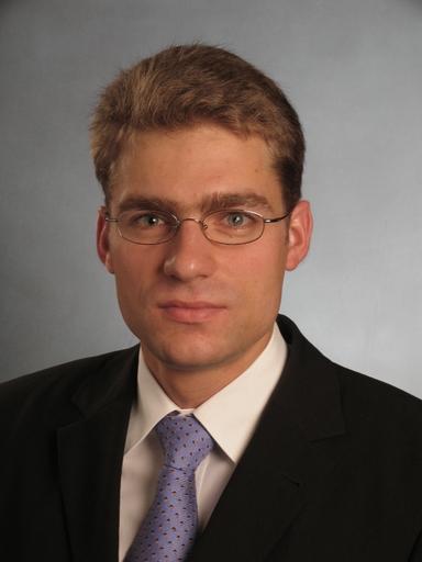 Prof. Dr. Felix Schindler.