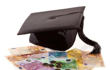 Ein Doktortitel kann in Deutschland nicht nur innerhalb der Forschung, sondern auch in der Wirtschaft und der Politik für einen Karriereschub sorgen. Doch dafür wurde das Verfahren nicht entwickelt.