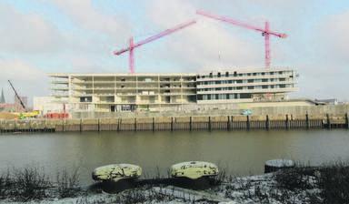 Zum Jahresende 2013 wird die Hafencity Universität ihr neues Gebäude an der Ecke Magdeburger Hafen/Baakenhafen beziehen. Dann könnte abermals über die Einführung eines eigenen Immobilienwirtschaftlichen Studienganges diskutiert werden.