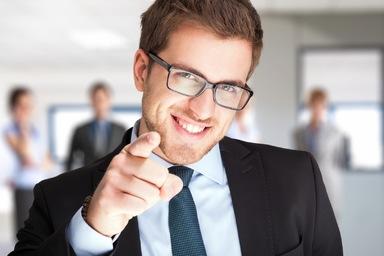 Die gezielte Suche und auch Ansprache von interessanten Kandidaten werden die Personaler künftig auch in die eigenen Hände nehmen müssen, um Mitarbeiter rekrutieren zu können. Das erfordert Personaler mit Vertriebsstärke.