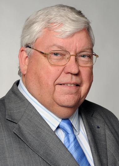 Prof. Dr. Karl-Werner Schulte.