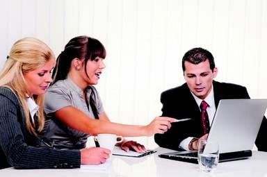 Praxiserfahrung wird von Immobilienunternehmen als wichtigste Qualifikation bei Berufseinsteigern angesehen.
