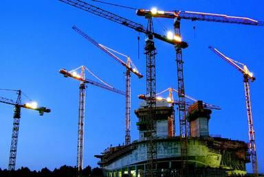 Wo sich die Baukräne drehen, da wollen Immobilienstudenten am liebsten arbeiten: Jeden fünften zieht es in die Projektentwicklung.
