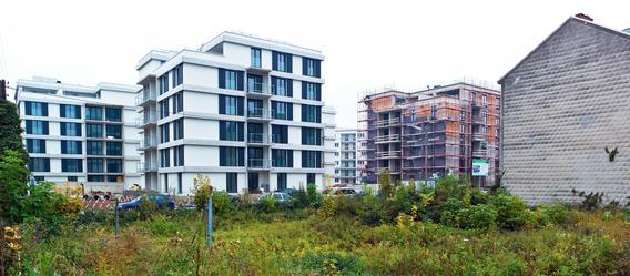 Selbst wenn der Kaufvertrag für eine Immobilie aufgehoben wird, kann Grunderwerbsteuer anfallen - wenn damit bestimmte Interessen verfolgt werden. Bild: BilderBox