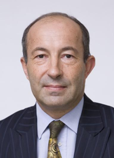 Silvio Estienne.