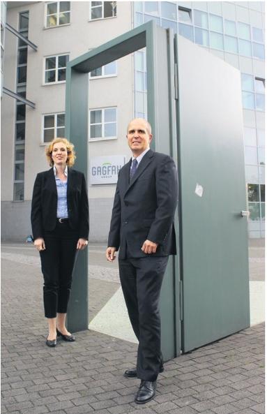 Sie öffnen die Tür zur Gagfah Group auch für Auszubildende in gewerblichen Berufen: Personalleiter Frank Gieshoidt und Personalentwicklerin Silke Ternes.