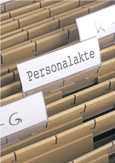 Bevor eine Kündigung ausgesprochen wird, erhält der Arbeitnehmer meist eine Abmahnung. Diese verbleibt dauerhaft in der Personalakte.