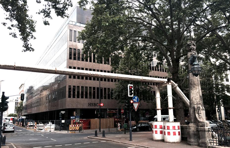 Düsseldorf: Versace mietet an der Kö