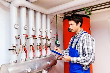 Nicht nur Verbände und Unternehmen, sondern auch die Arbeitsagentur informiert zu Immo-Berufsbildern, u.a. auf www.berufenet.arbeitsagentur.de/ berufe sowie in kurzen Filmen auf www.berufe.tv.