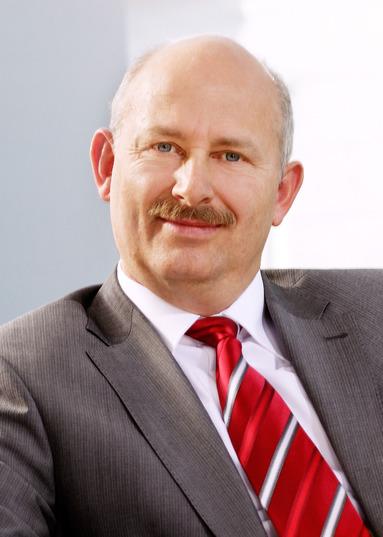 Torsten P. Hoffmann.