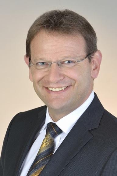Wolfgang Benker.