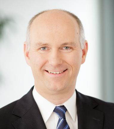 Dr. Jörg Rosdücher.