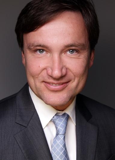 Dr. Bernd Wieberneit.